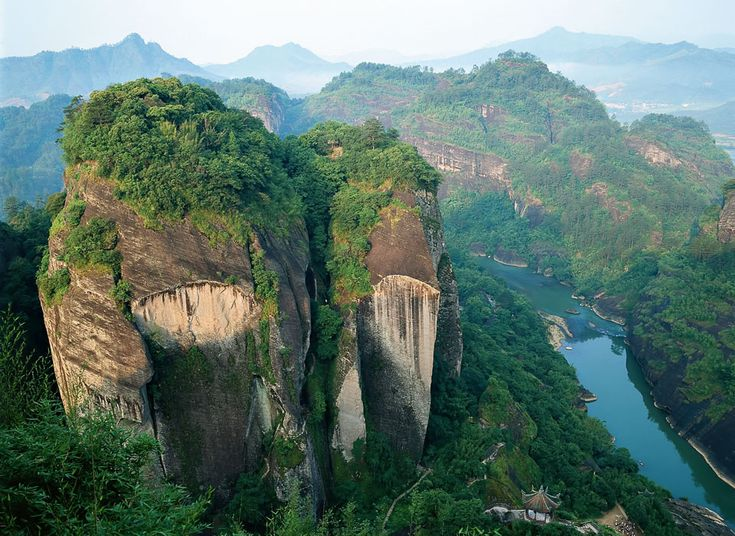 Home Destinations China & Mongolia China Scenes 14 Days
