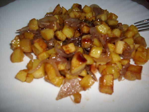 Nar ekşili ve soğanlı patates
