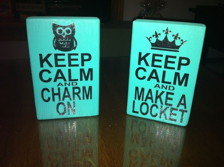I really want thease on my jewelry bar.Origami Owl Display Table Ideas. Www.jamiesjewles.origamiowl.com