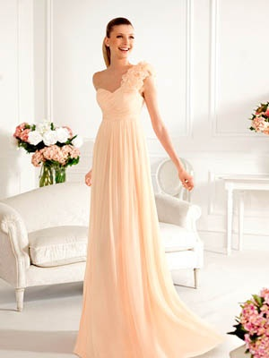 Nice peach bridesmaid dress <3 it!! #peach #coral #bridesmaid. You choose colour, you choose style....we do the rest at Jessica Bridal in Auckland, NZ.Look at our style Angel 1309, specify on online order: Full length, Raised Waistline plus Shoulder detail. We will give you a quotation.
