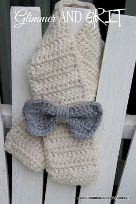Procrastinating is one of my many useless talents, and while perfecting my craft I saw a little girls scarf on Pinterest, the blog and ...