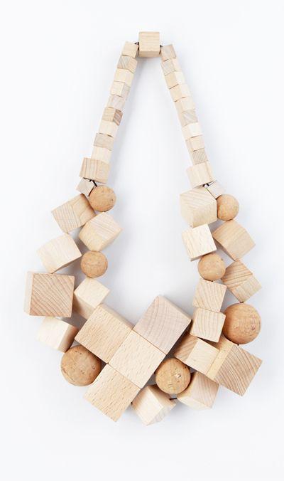 Lina Lundberg - http://spreeglanz.com/lina-lundberg/lily-2/ - SuperNatural necklace. Material: beech wood. Price: 289 euro.