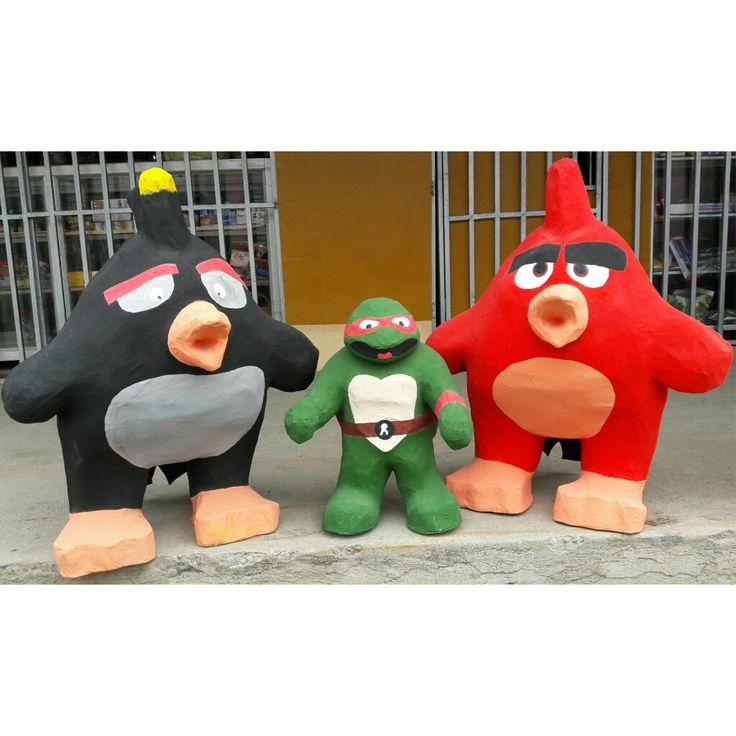 """#monigotes #añoviejo de #angry #birds #angrybirds #red #bomb #tortugas #ninja #tortugasninja #raphael #leonardo #donatello #donatelo #michelangelo #miguelangel y muchas mas aqui en #DeSants1902 """"Has Historia con tus sueños"""" #diseños #personalizados Siguenos: #facebook https://www.facebook.com/desants1902/ #instagram https://www.instagram.com/desants1902/  #twitter https://twitter.com/DeSantS1902?lang=es"""