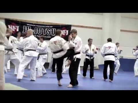 MACAM - MACAM SENI BELA DIRI: Video: Jujutsu Demo