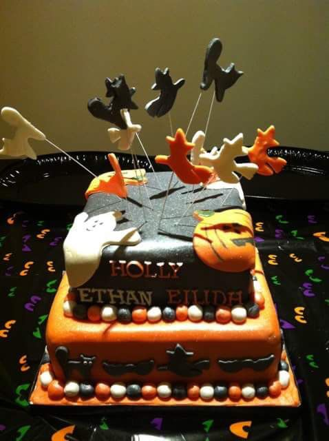 Halloween cake. 2 tier. Black and orange.