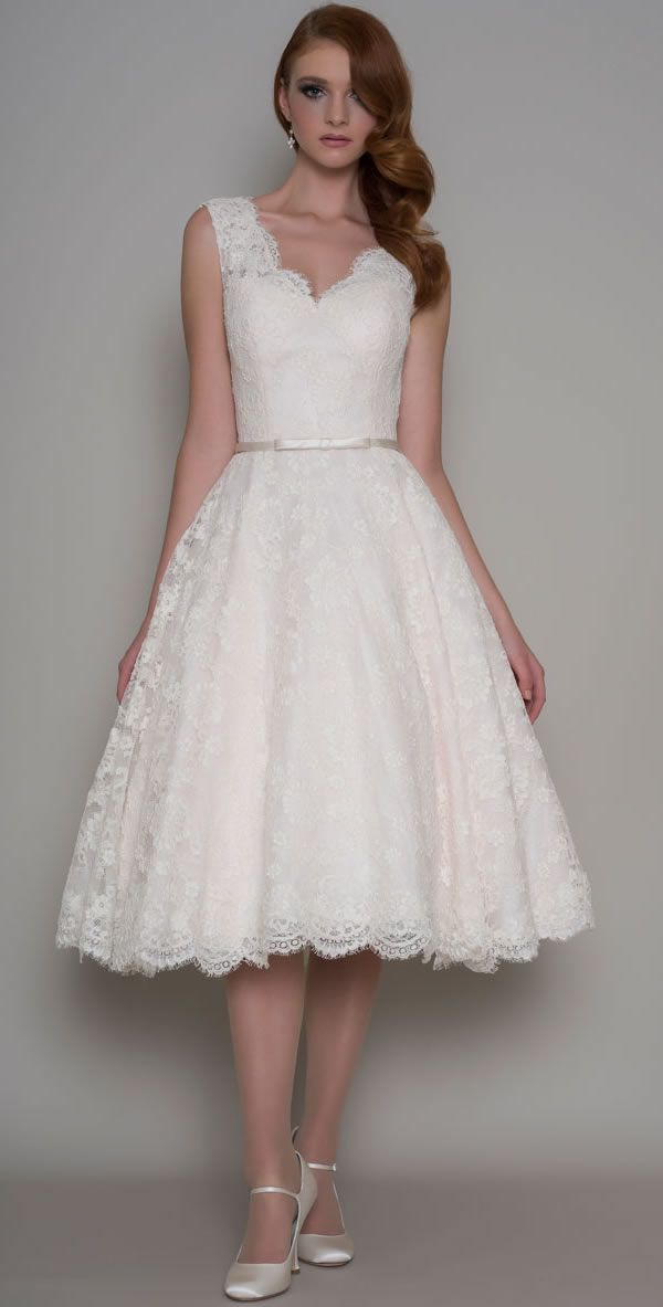 Short / Tea Length Wedding Dress