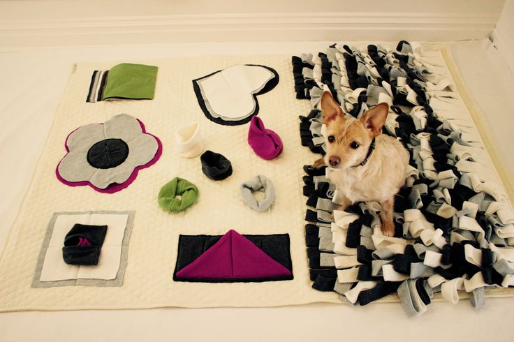 This 100% hand-made Luxury Nose Work Mat will be a fun and interactive toy to challenge your dog physically and mentally. Hide your dog's favorite treats or toys and train them to search for it by its smell, helping the dog build self-esteem in a fun and healthy way! Your dog will fall in love this mat from the good memory of finding his/her treats and toys!