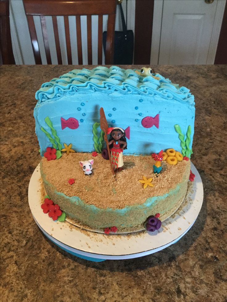 Moana cake, buttercream and fondant accents | Frozen ...