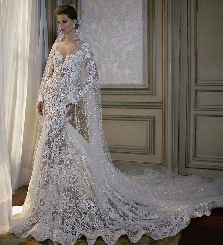 """""""Inspiração do meu novo insta @monalisamoraisoficial reservado para mulheres elegantes!  #festejandoemcasa #monalisamorais #casamento #bride #moda #caruaru…"""""""