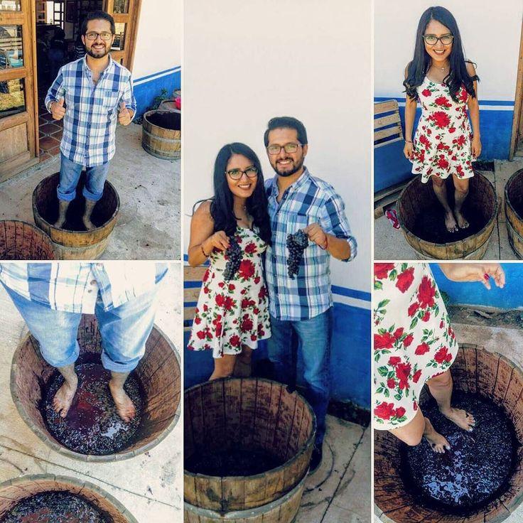 Pisando uvas de paseo por el Valle de Guadalupe en la época de vendimias.  #valledeguadalupe #vino #viñedos #guapos #pisando #uvas #vinomexicano #ensenada #bajacalifornia #instapic #couple #travel #trip #vendimia #wineyard