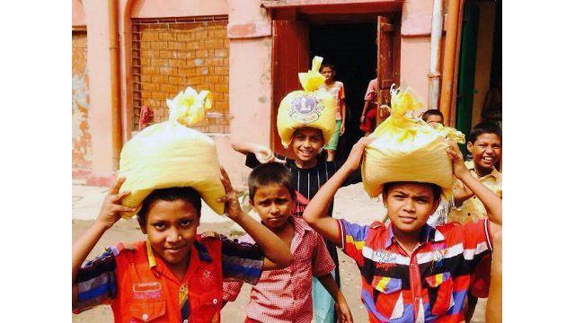 Rice Bucket Challenge in India - http://lionsclubs.org/blog/2014/10/31/rice-bucket-challenge-in-india/