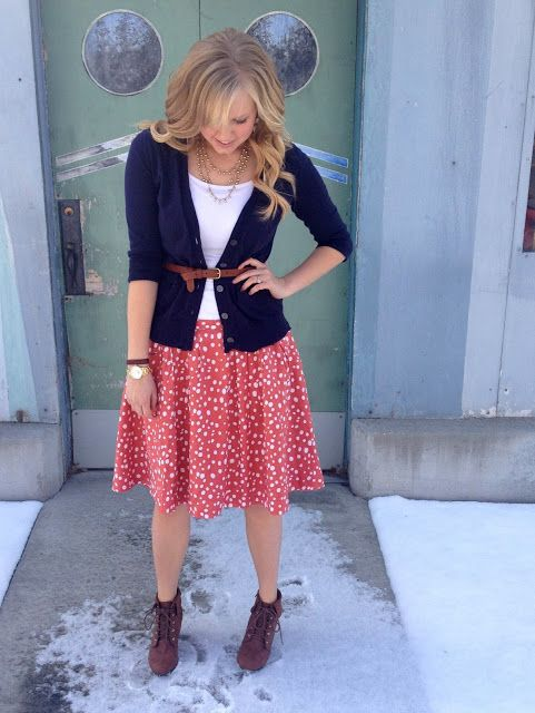 #Modest doesn't mean frumpy. #DressingWithDignity www.ColleenHammond.com www.TotalimageInstitute.com