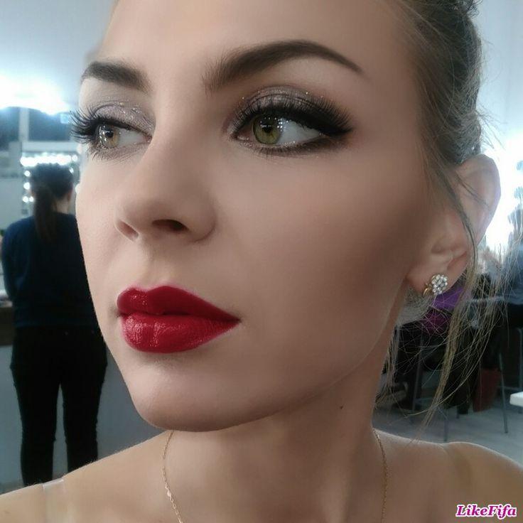 #вечерний_макияж, #броский_макияж_на_вечер, #макияж_likefifa, #макияж_от_мастера_Москвы, #красная_помада, #насыщенный_макияж_глаз