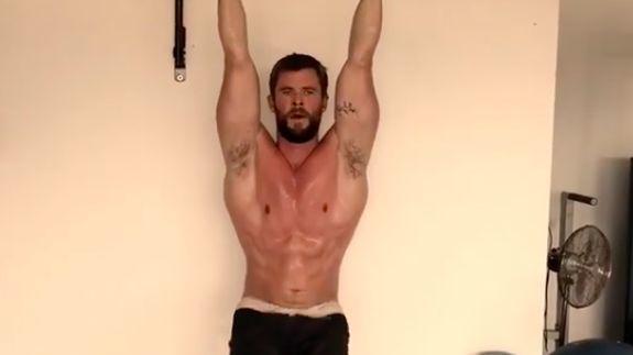 Chris Hemsworth goes full beast mode in intense workout video