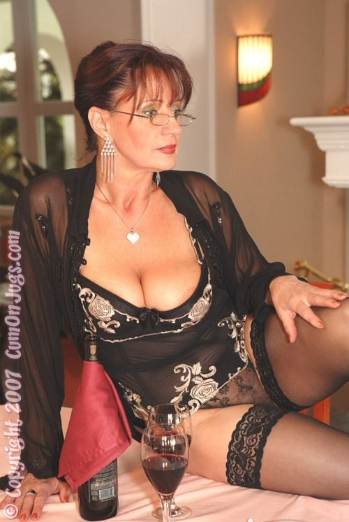 xxx older mature dating