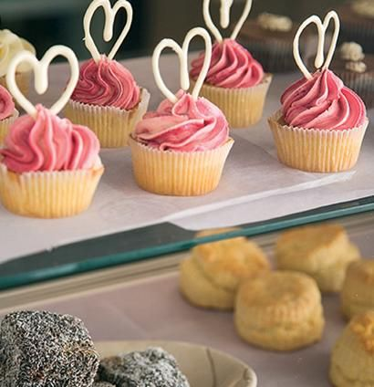 Nothing brings a family together like baking :) Try these beautiful fairy cakes with twirled white-chocolate icing