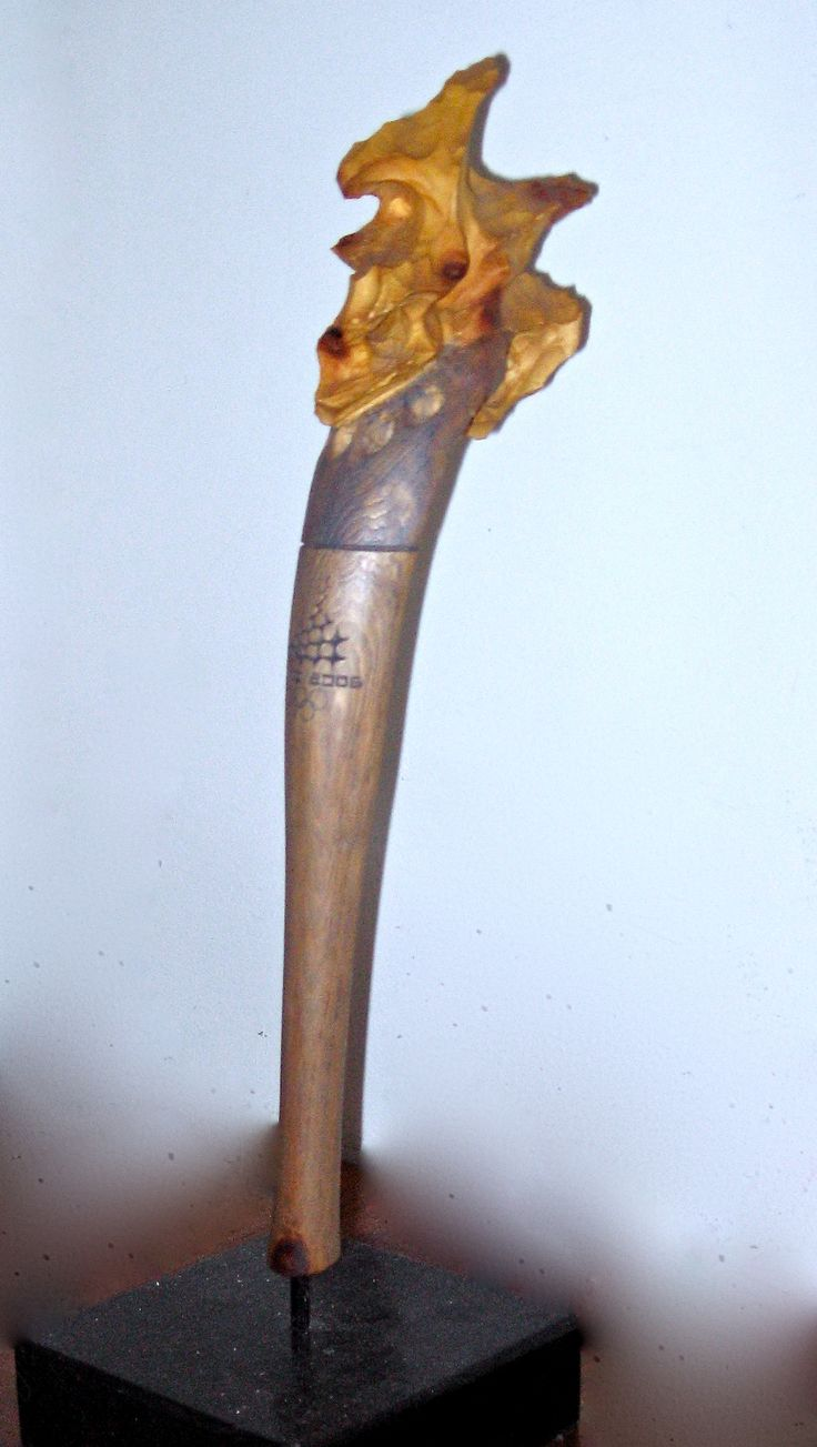 Turin winter games 2006 Olympic torch  cirmolo pine   cm 52