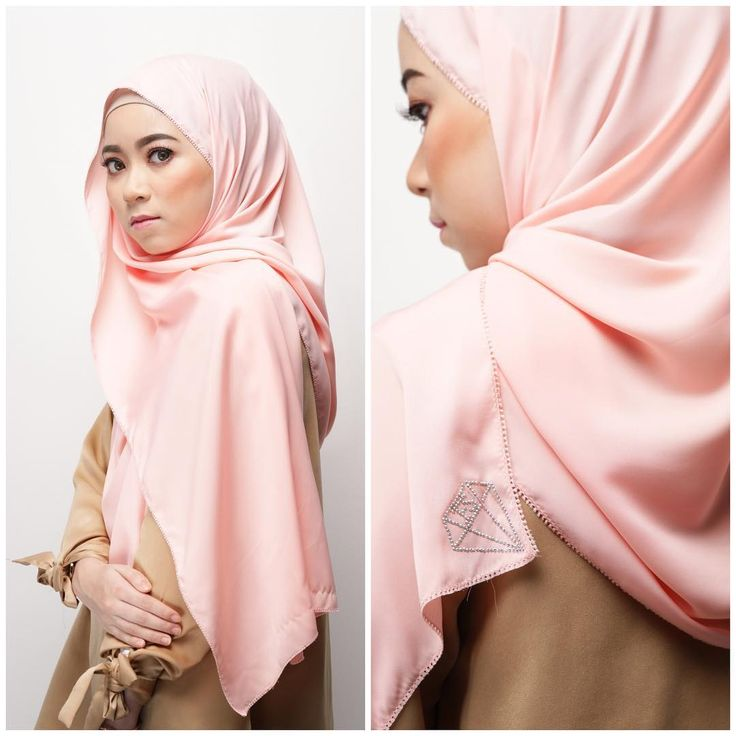 RUBY SHAWL IN SAKURA . Details : big eyelash, satin silk material embossed with #rubybyfatinsuhana diamond logo. . Specialties : comes in 16 tempting colours, 60-70% opacity depending on colours, very easy to iron and not easy to wrinkle like other satin silk material. . Price : NP is RM 80, but Promo Price will be RM69 ONLY. . Release Date: 1 April 2017 . Boutiques and website ❤ www.byfatinsuhana.com.my