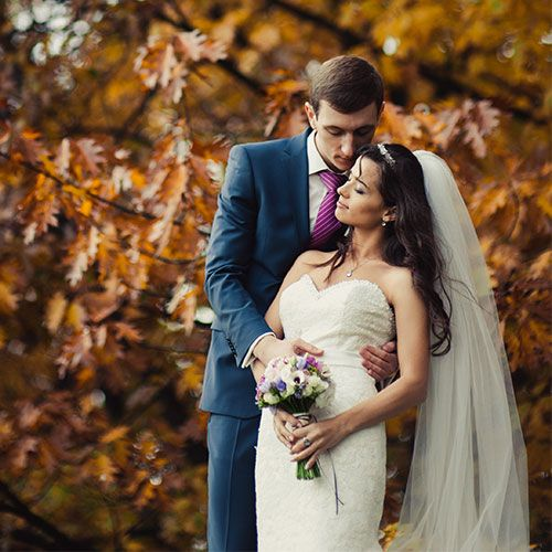 11 Wedding Color Mistakes Fall Brides ALWAYS Make, According To Experts