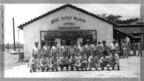 En 1944 se formo el Escuadron 207 destacandolo en Ixtepec, Oax. sumandose al 2/o. grupo de Escuadrones Aereos de esta manera el Cnel. Cruz Rivera mantenia bajo su mando cuatro Escuadrones