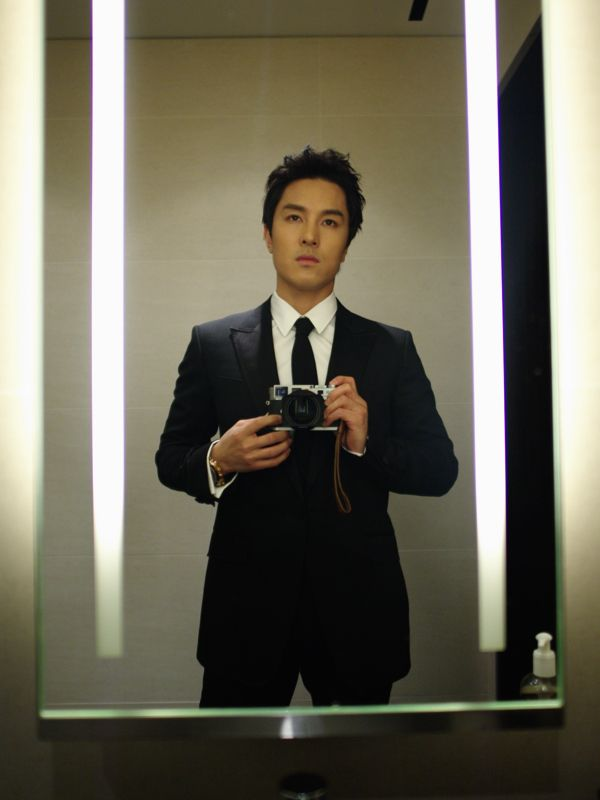 Dongwan's new profile pic. Picture source http://blog.naver.com/oreobox
