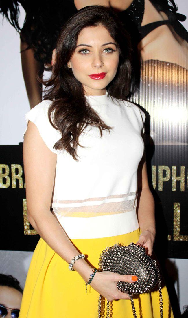 Kanika Kapoor at the success bash for 'Ragini MMS 2' song 'Baby Doll' #Style #Bollywood #Fashion #Beauty