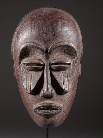 Le masque africain tchokwe.