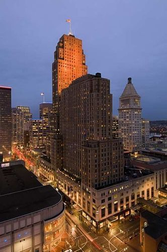 The Hilton Cincinnati Netherland Plaza Is A 4 0 Star Up Scale Hotel Located In City