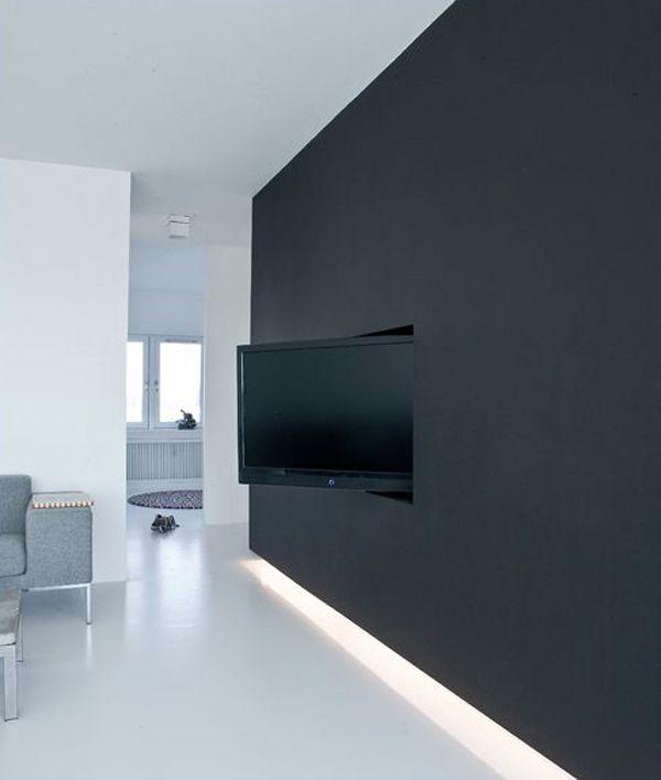 Wand TV Idee Für Modernes Interieur Mit Wandfarbe Schwarz Und Indirekter  Beleuchtung