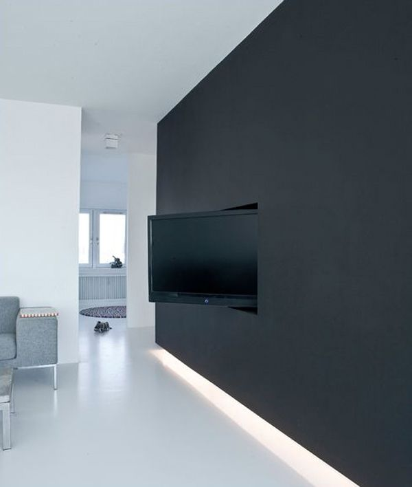 wand tv idee fr modernes interieur mit wandfarbe schwarz und indirekter beleuchtung