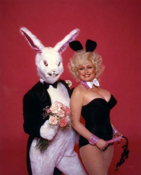 That time in 1978 when Dolly Parton posed for Playboy with a super pervy-looking bunny   Dangerous Minds