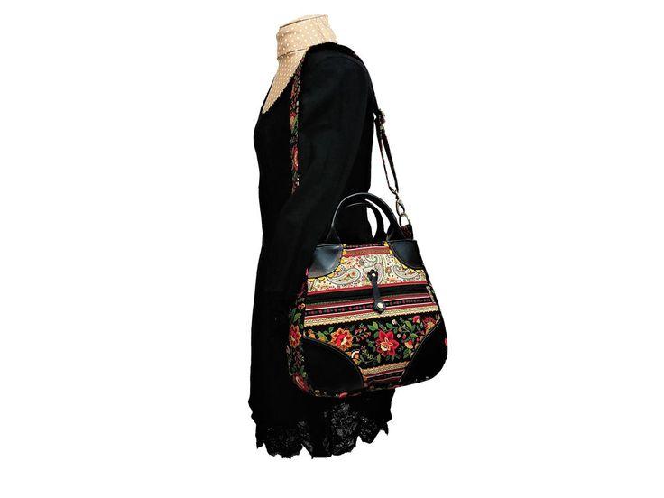 https://www.lalilalula.com/produkte-1/wunschtaschen/floral/