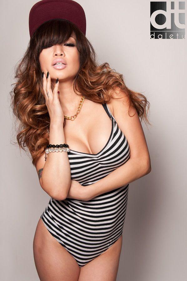 hot and sexy image ashley vee l 944dbb0052c3c1f1d98f345809b40c51  pinakabagong- hot and sexy image