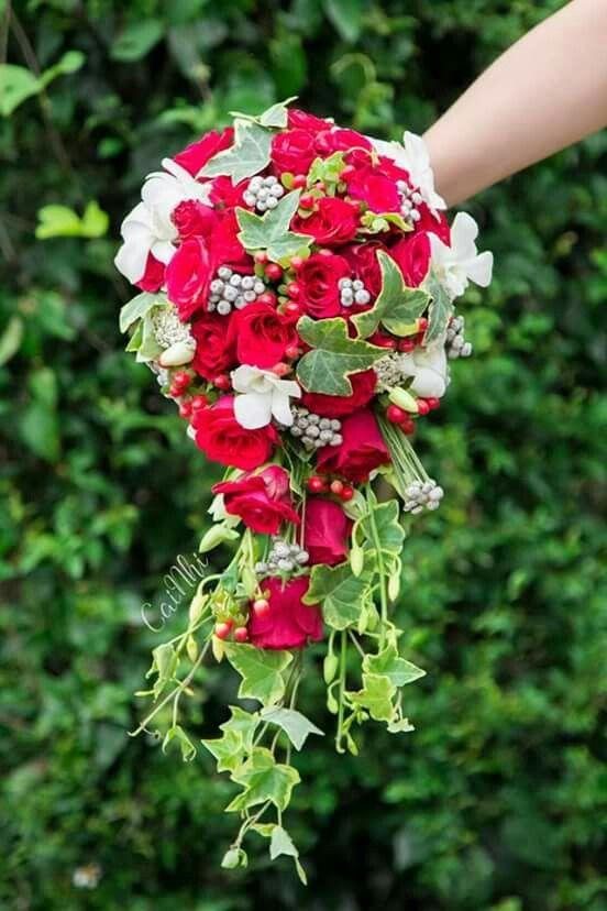 Rote Rosen – weiße Orchideen – Hochzeit Deko und Ideen