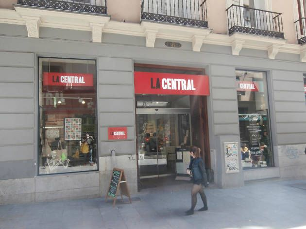Bookshops in Madrid with books in English, hard-to-find editions