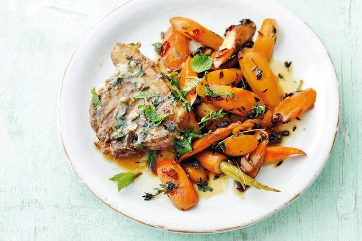 Lamsvlees combineert geweldig met zoet. Even marineren en zoetmakers honing en wortels doen de res- Recept - Allerhande