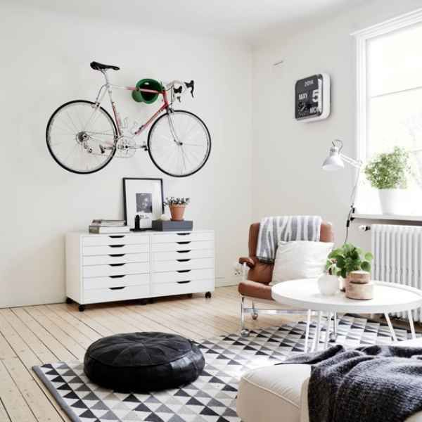 les 25 meilleures id es concernant accroche velo sur. Black Bedroom Furniture Sets. Home Design Ideas
