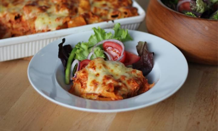 Pasta bakes are always a big favourite with busy families. This pasta bake is fast to make because it uses a BBQ chicken and combines it with a delicious cheesy sauce that is dreamy to eat. Make plenty because you'll be asked for second helpings!