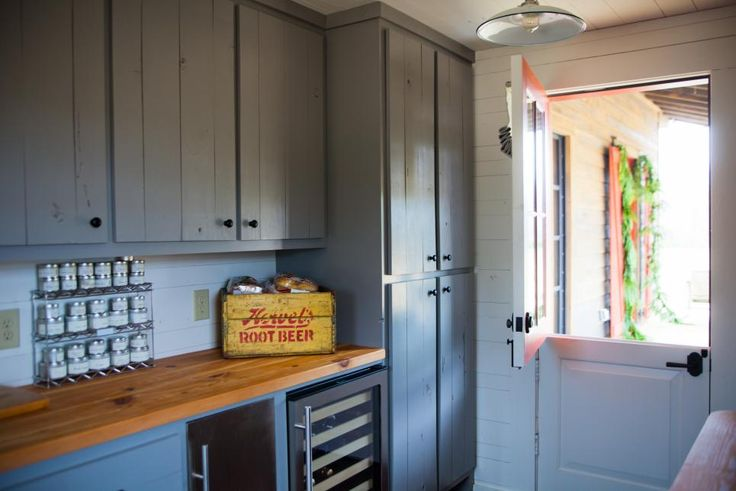 HGTV Shop the Look: Gray and White Farmhouse Pantry >> http://photos.hgtv.com/rooms/viewer/country/gray-and-white-farmhouse-pantry-with-ample-storage?soc=pinterest