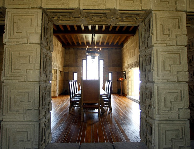 Ennis House Los Angeles Concrete Blocks Frame An Interior View Into The Dining Room