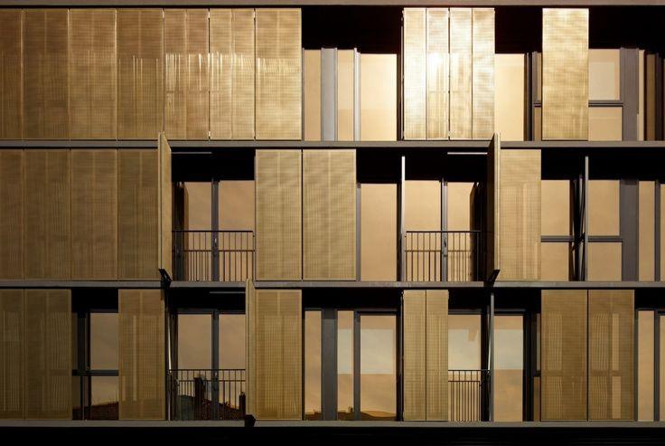 Luna Apartments / Elenberg Fraser