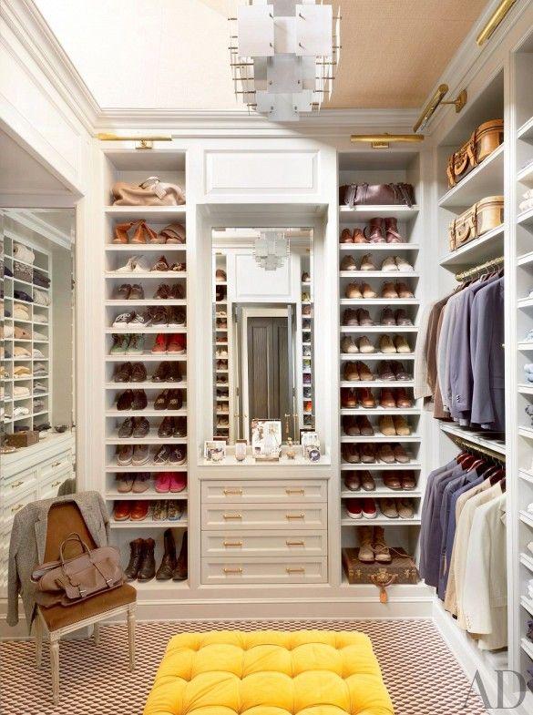 Step inside the dream closet of designer Nate Berkus! Photo by Pieter Estersohn via @domainehome