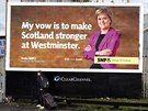 Třetí nejsilnější stranou v Británii se podle průzkumů stane  Skotská národní strana v čele s Nicole Sturgeonovou.
