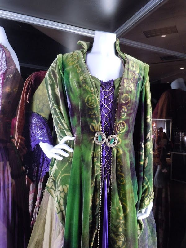 Original costume worn by Bette Midler as   Winifred Sanderson in Hocus Pocus
