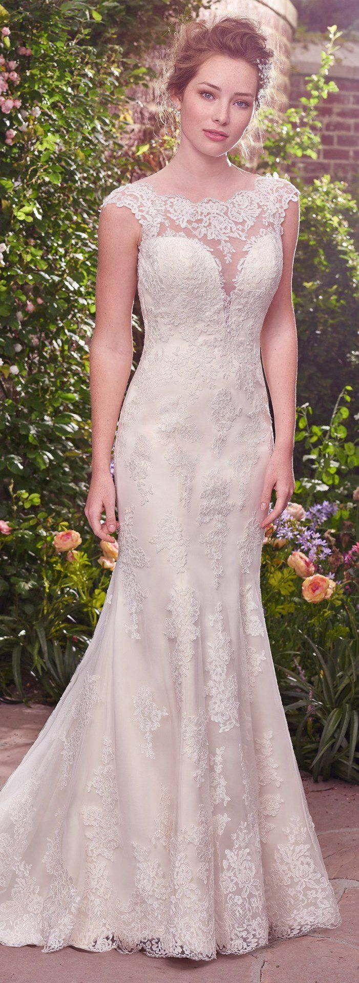 Wedding Dress by Rebecca Ingram - Julie | Less than $1,000 | #rebeccaingram #rebeccabride