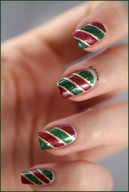 Red, green and gold glitter striped nails