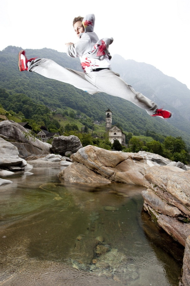 Red Bull Art of Motion, Ticino. 2011