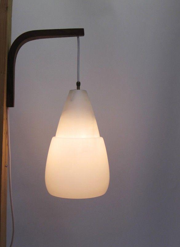 ... op Pinterest  Recycled hout wanden, Vogelnesten en Lampenkappen