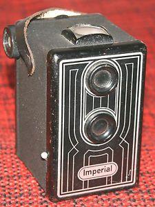 Braun Imperial Box 6x6 S Linienmuster von ca 1951