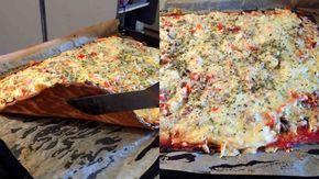 Bästa LCHF-pizzabotten hittills eller? Ja, många anser det. Den blir krispig som en vanlig pizza och påminner en hel del om det. Testa själv och avgör!